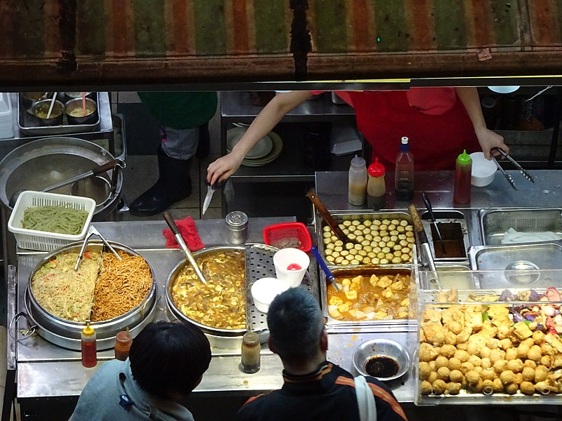 File:HK Wan Chai 柯布連道 O'brien Road night Lockhard Road Hong Kong Building sidewalk shop street snack food April 2016 DSC (3).JPG