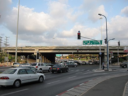 How to get to צומת הסירה with public transit - About the place
