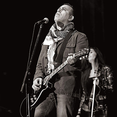 Picture of a band or musician: Haluk Levent