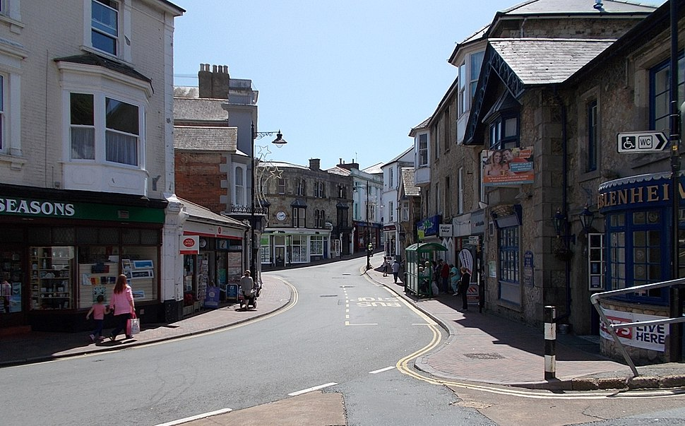 High Street, Ventnor, IW, UK