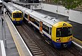 Highbury and Islington station MMB 23 378136 378144.jpg
