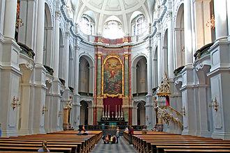 Dresden Cathedral - Image: Hofkirche Dresden Schiff