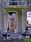 foto van Villa in Overgangsstijl met Chaletstijl-elementen
