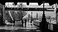 Hungerford bridge April 2014.jpg