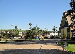 Igreja Matriz de São José em Morro Agudo 01.jpg
