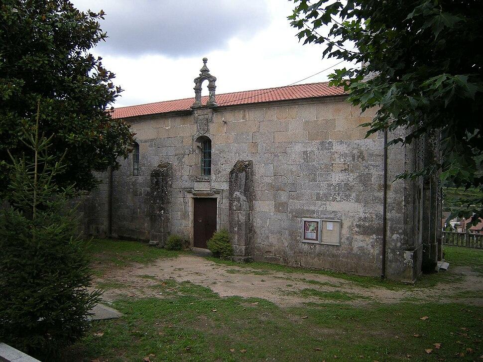 Igrexa de Santa Baia de Mos, Mos