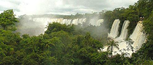 Iguazu ArgentinskaStran.jpg