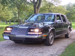 Una Chrysler Imperial del 1992