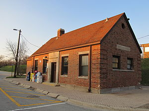 Indian Hill station - Image: Indian Hill Metra Station
