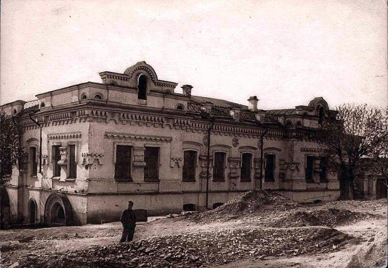 File:Ipatjew-Haus2.jpg