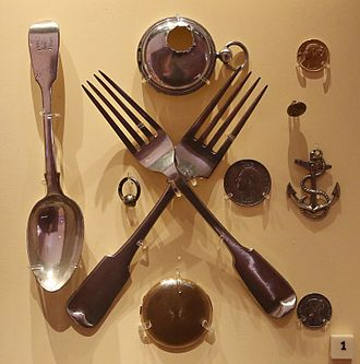 Rae–Richardson Arctic Expedition - Some of the items purchased by Rae from the local Inuit