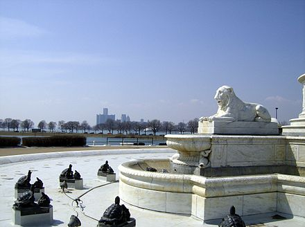 A view of the city from Belle Isle Park in April 2008 James Scott Fountain - Detroit skyline.jpg