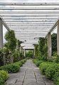 Jardin Stern JCN Forestier Saint-Cloud pergola.jpg
