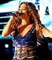 Jennifer Lopez - Pop Music Festival (35) cropped.jpg