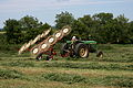 John Deere 4020 with star-wheel rake 2.jpg