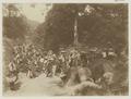 KITLV - 27585 - Kurkdjian, Ohannes - Soerabaja - People on their way to the pasar (bazaar), Sumatra - circa 1900.tif