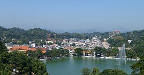 Kandy Lake (8).jpg