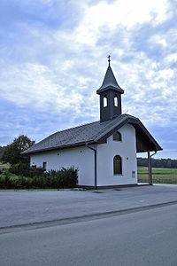 Kapela v Dolnjih Slavečih.jpg