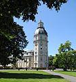 Karlsruhe - Schlosspark mit Schlossturm.jpg