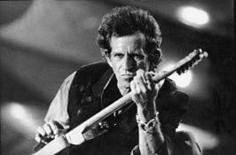 Keith Richards tijdens de Voodoo Lounge tour, 1993