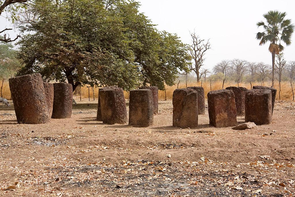 cercle de pierres de Kerbatch en Gambie