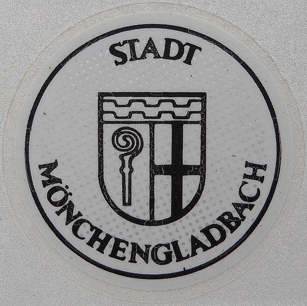 File:Kfz-Zulassungsplakette Stadt Mönchengladbach.jpg
