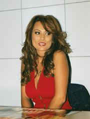 Kira Kener.png