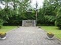 Koronowo - pomnik ku czci patriotów Polskich pomordowanych przez okupanta. - panoramio.jpg
