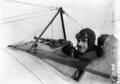 L'aviateur Gilbert sur son appareil de combat - (photographie de presse) - Agence Meurisse.png