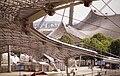 L'interno e l'esterno della copertura (Monaco 2001).jpg
