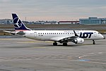 LOT, SP-LMB, Embraer ERJ-190STD (47630812611).jpg