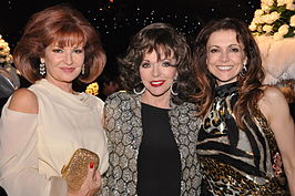 Stephanie Beacham, Joan Collins en Emma Samms in 2009