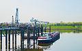 Ladungslöschung im Rhein-Lippe-Hafen Wesel.jpg