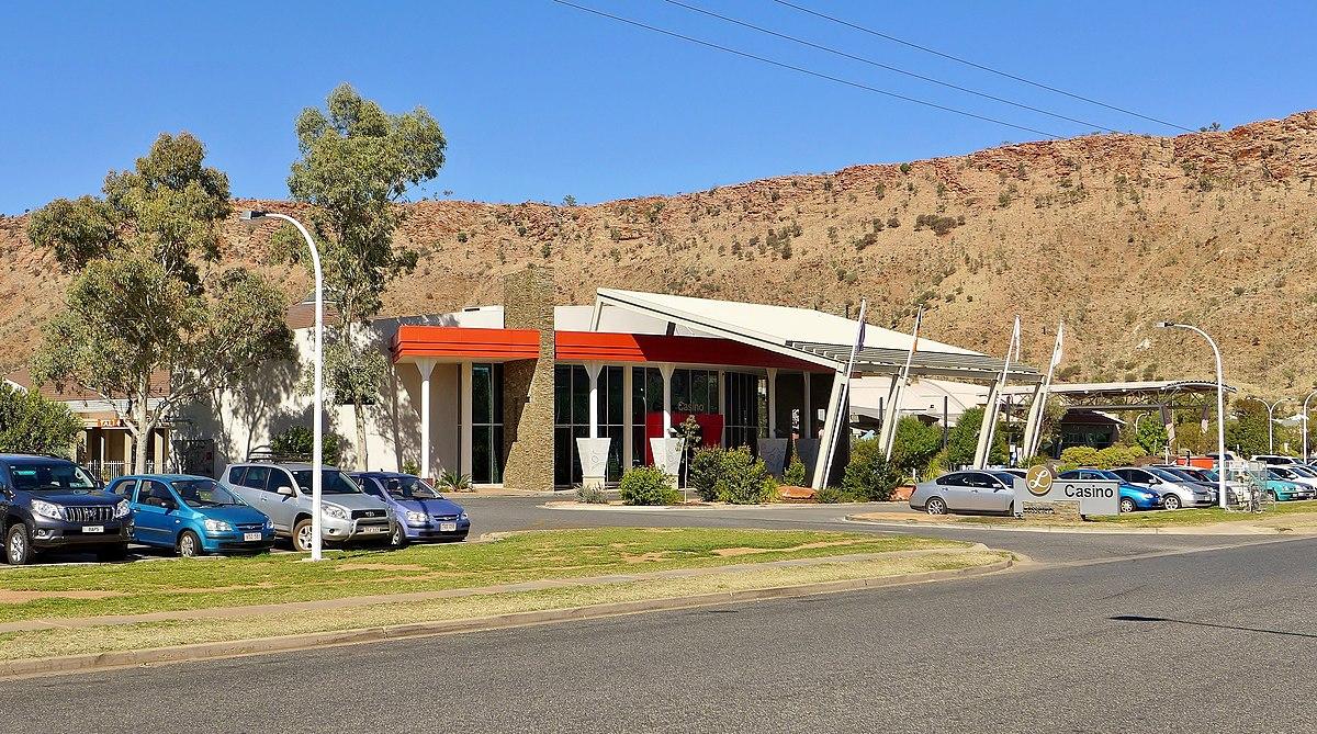 Lasseters Hotel Alice Springs Review