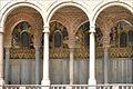 Le portique extérieur de la Chapelle palatine (Palerme) (6880610232).jpg