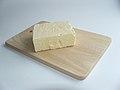 Leicester Cheese 3 (Piotr Kuczynski).jpg