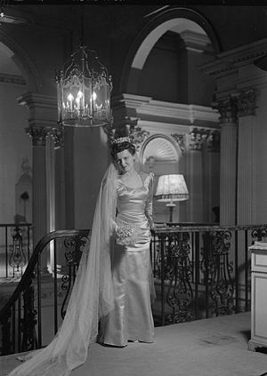 Bianca Mosca - 1945 Bianca Mosca wedding dress, part of her work with IncSoc, modelled by actress Peggy Bryan and designed to be worn in the British horror film Dead of Night