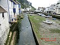 Low Tide in Polperro Harbour - panoramio.jpg