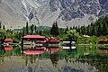 Lower Kachura Lake 5 H01 4255.jpg