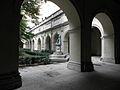 Lyon (69) Palais Saint-Pierre Cloître 04.JPG