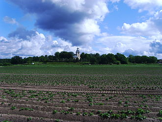 Mörlunda - Mörlunda church and surrounding farmland