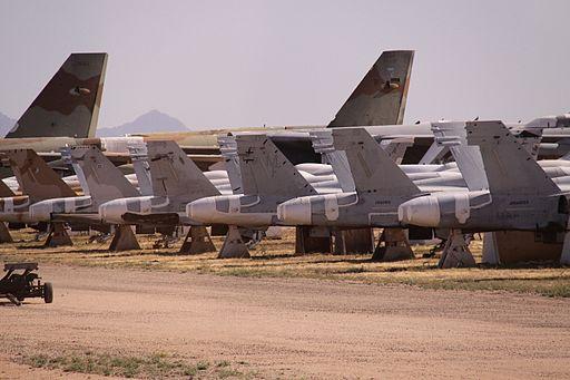 [Imagen: 512px-MCD_F-18A_Hornet_U.S._Air_Force_Ta...098%29.jpg]