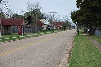 Cloutierville, Louisiana - Louisiana Route 495 through Cloutierville