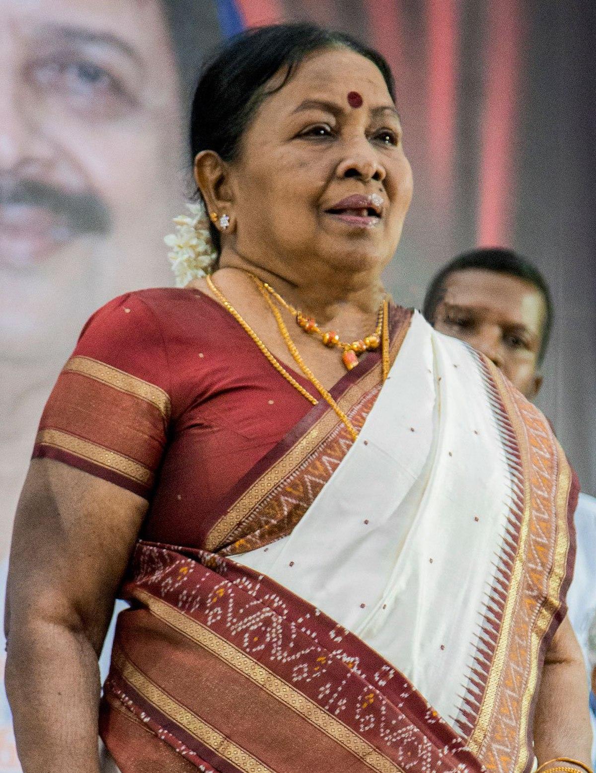Manorama (Tamil actress) - Wikipedia for Y Vijaya Daughter  186ref