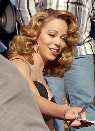 Bleeding Love - Critics noted similarities between Lewis's vocals and those of Mariah Carey
