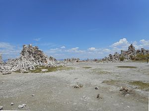 Droughts in California - Image: Mono Lake California August 2014