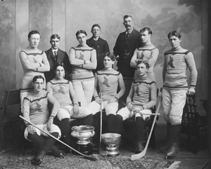 Fred Scanlan - Fred Scanlan, sitting second from left in the front row, with the Montreal Shamrocks in 1899.