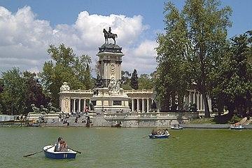 Monumento a Alfonso XII (Madrid) 01.jpg
