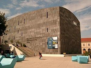 Mumok - Image: Museum Moderner Kunst Stiftung Ludwig Wien
