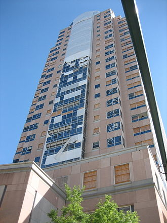 Benson Tower (New Orleans) - Broken windows after Hurricane Katrina